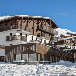 Special Offer For Young People To Ski In The Alps This Winter With Action Outdoors