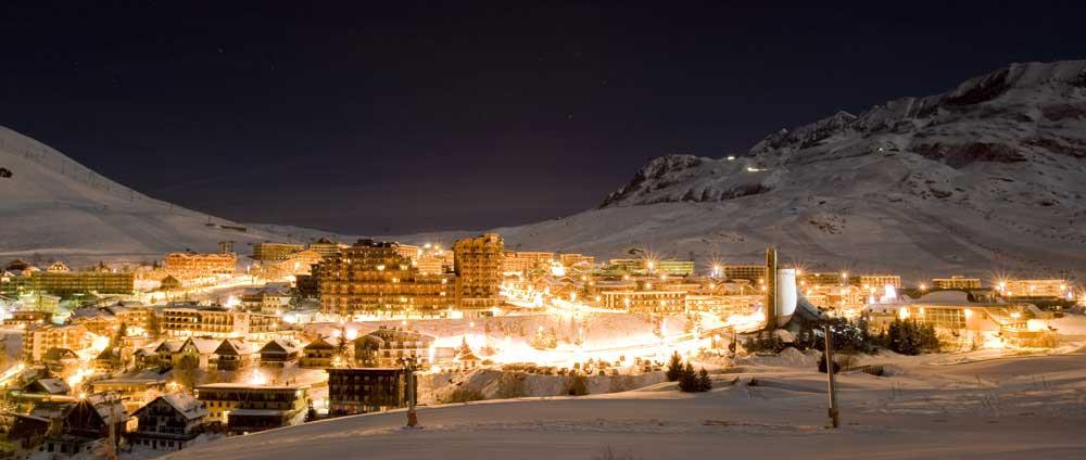 Alpe dHuez Night